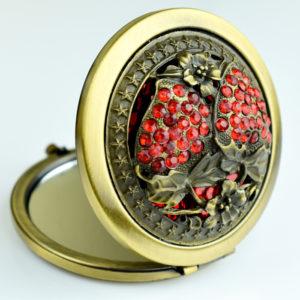 Zdobione lusterko osmańskie - poziomki