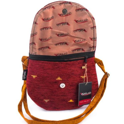 Bordowa torebka z pomarańczowymi uszami, materiałowa