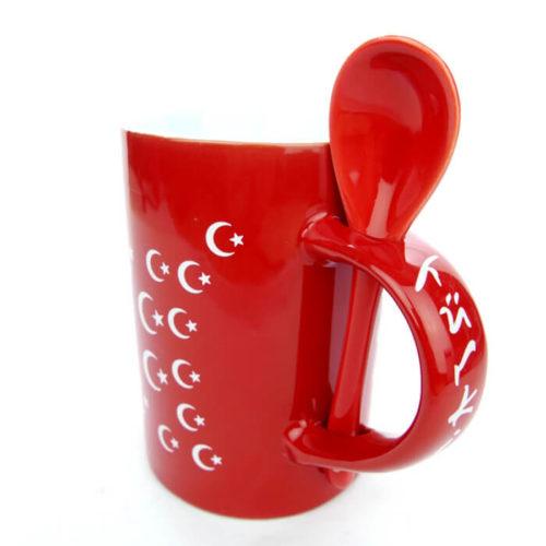 Kubek ceramiczny z łyżeczką