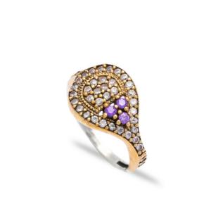 Delikatny srebrny pierścień z ametystem i cyrkoniami