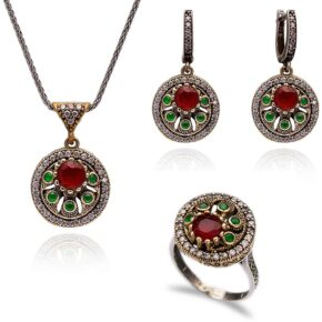 Okrągły komplet srebrnej biżuterii z rubinem