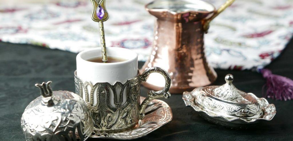 Kawa po turecku - jak ją parzyć?