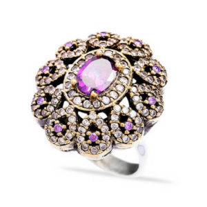 Srebrny pierścień z ametystem - kwiat
