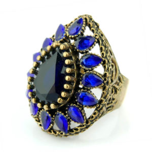 Orientalny pierścień łezka niebieska