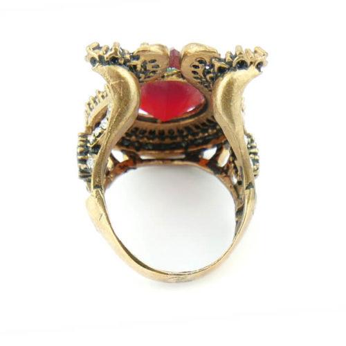 Orientalny pierścień tulipan z rubinowym centrum