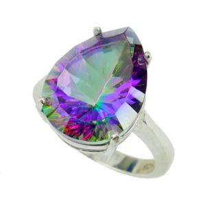Srebrny pierścień z mistycznym topazem