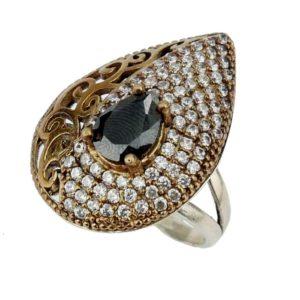 Srebrny pierścień z onyksem