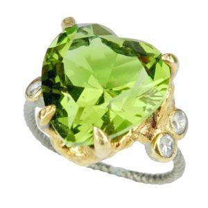Pierścień ze srebra z zultanitem - serce