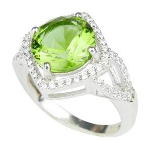 Srebrny pierścień z kamieniem zultanit