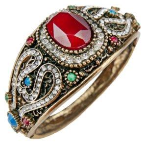 Orientalna bransoletka z rubinowym kamieniem